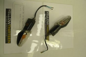 HONDA CBR125 RSF  L + R REAR INDICATORS  #9 (CON-B)